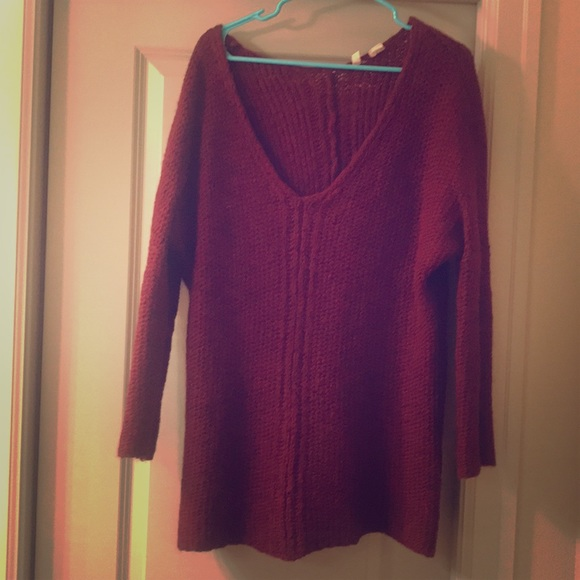 Anthropologie Sweaters - Burgundy tunic